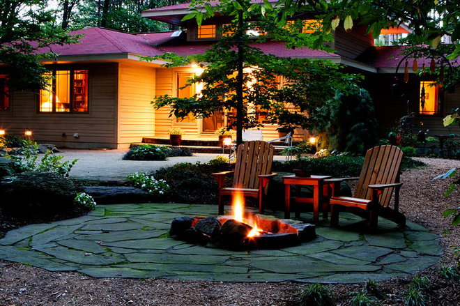 eclectic landscape by Blue Ridge Landscaping