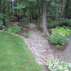 Traditional Landscape by Sterling Horticultural Services