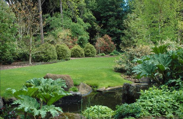 Traditional Garden by Design Focus International