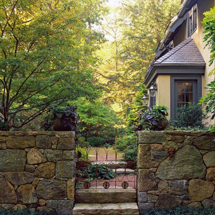 Inspiration for a rustic side yard landscaping in Boston.