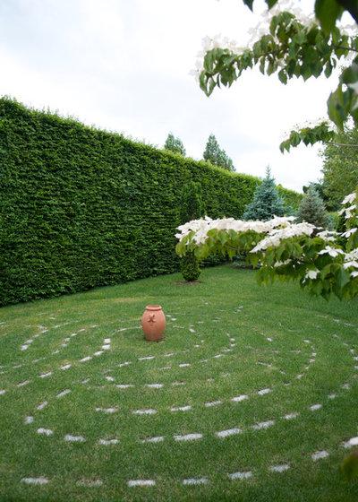 Méditerranéen Jardin by Lear & Mahoney Landscape Associates