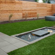Modern Landscape by West Standard Design Build