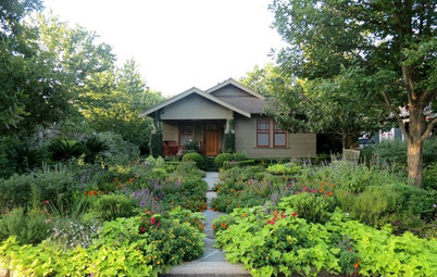 12 Surprising Features Found in Front Yards