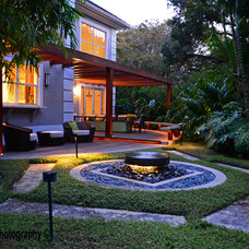 Tropical Landscape by Bell Landscape Architecture Inc.