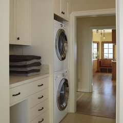 traditional laundry room by Koch Architects, Inc.  Joanne Koch