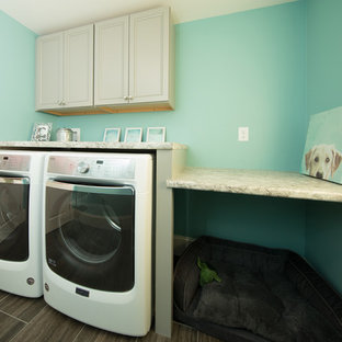 Example of a classic laundry room design in Manchester
