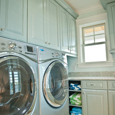 traditional laundry room by Blue Sky Building Company