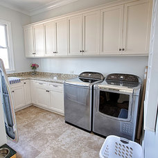 Traditional Laundry Room by Toulmin Homes