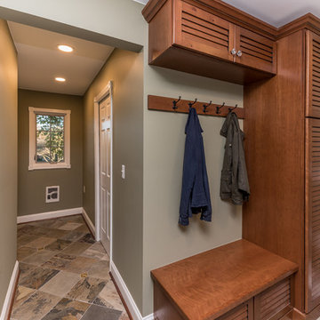 A Relaxing and Rustic Laundry Room