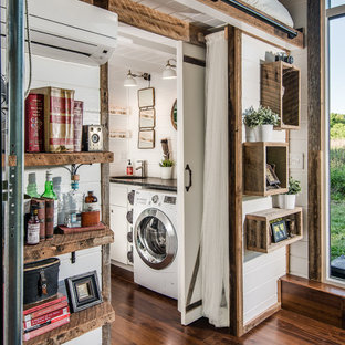 This is an example of an industrial laundry room in Nashville.