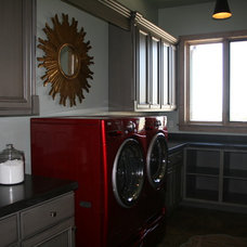 Traditional Laundry Room by Design Dacoy