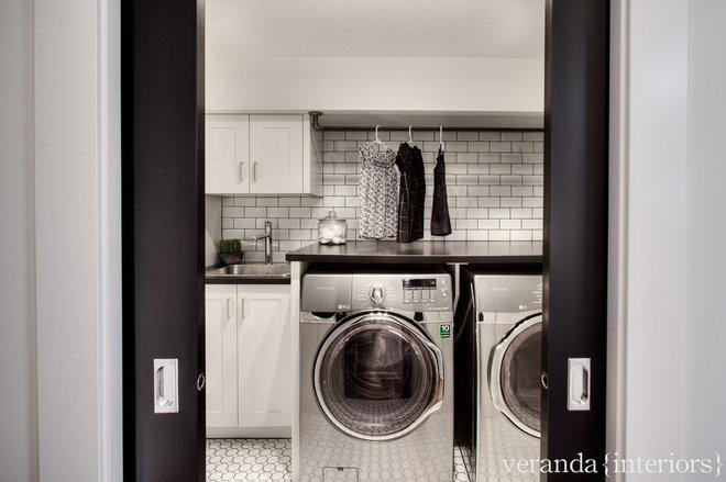 Contemporary Laundry Room by Veranda Estate Homes & Interiors