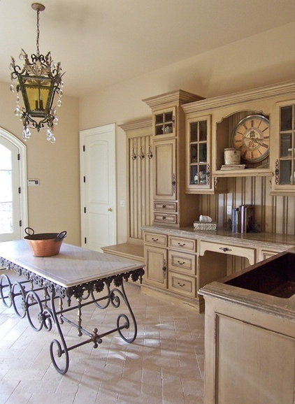 Traditional Laundry Room by Sue Murphy Designs