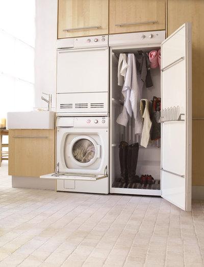 Modern Tvättstuga by ASKO Appliances, Inc.