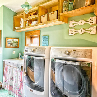 Country laundry room photo in Other