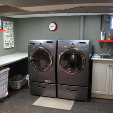 Traditional Laundry Room by Construction Havitat
