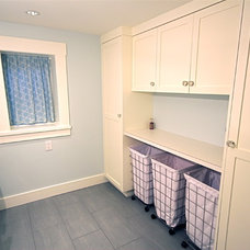 Craftsman Laundry Room by Rain City Renovations