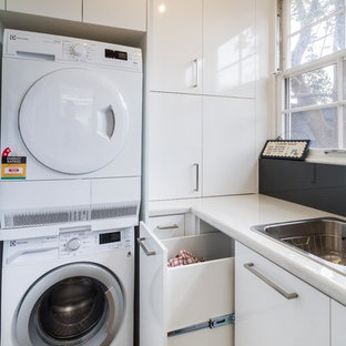 75 Beautiful Modern L Shaped Laundry Room Pictures Ideas December 2020 Houzz