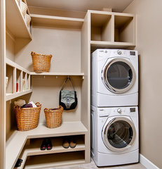 traditional laundry room by Oakwood Homes