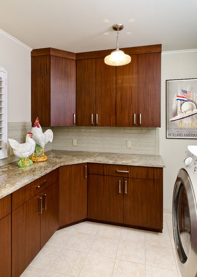 Traditional Utility Room by Jay Rambo Co.