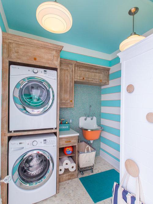 hauswirtschaftsraum mit schr nken im used look und. Black Bedroom Furniture Sets. Home Design Ideas