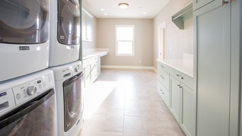 Castlebury Laundry Room + Mudroom