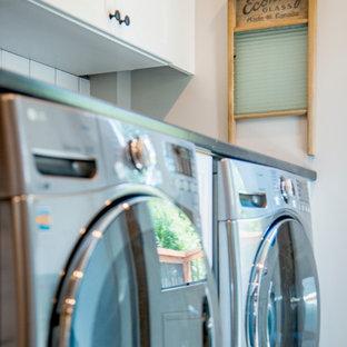 Foto di una lavanderia stile americano