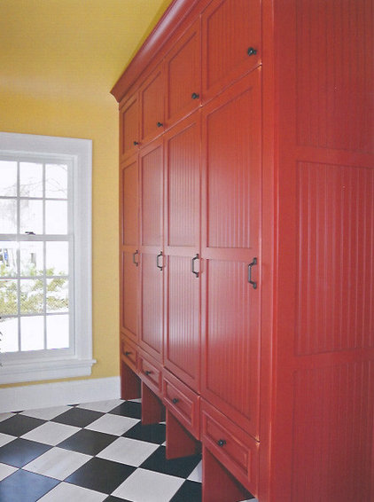 Traditional Laundry Room by d+b kitchen design concepts