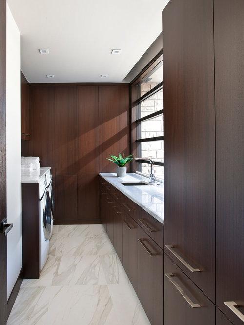 Dark Wood Paneling: Dark Wood Paneling