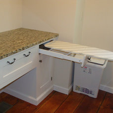 Traditional Laundry Room by Justina Auer (Columbia CabinetWorks)