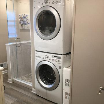 Combination Bathroom, Laundry & Utility Room