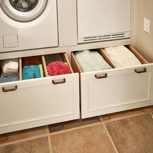 Immagine di una lavanderia american style