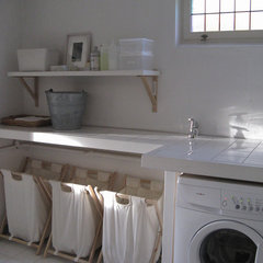 contemporary laundry room Contemporary Laundry Room