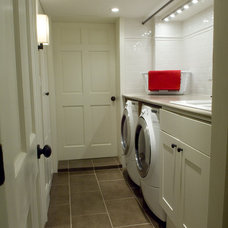 Contemporary Laundry Room by Gillian Gillies Interiors (GGI)