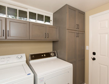 Corona Del Mar Powder Room and Laundry Room