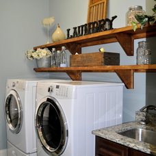 Traditional Laundry Room by Robinson Construction Group (Mt. Juliet, TN)