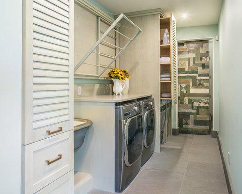 buanderie avec un placard porte persienne photos et. Black Bedroom Furniture Sets. Home Design Ideas