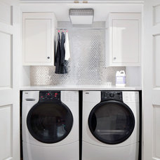 transitional laundry room by Clean Design