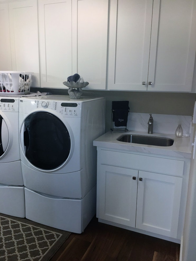 Dagemjian Laundry Room