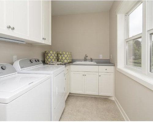 hauswirtschaftsraum mit laminat ideen f r waschk che haushaltsraum. Black Bedroom Furniture Sets. Home Design Ideas