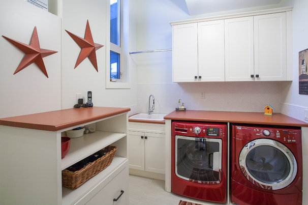 Traditional Laundry Room by Norelco Cabinets Ltd