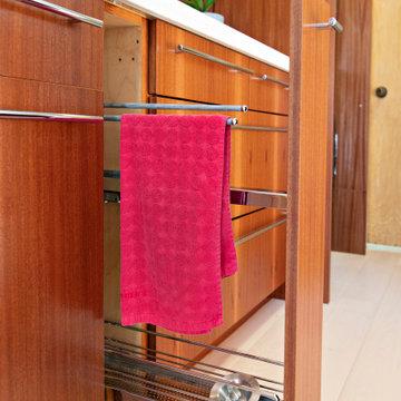 Encinitas Hidden Foyer Laundry
