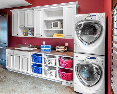 hauswirtschaftsraum mit ausgussbecken und roter wandfarbe. Black Bedroom Furniture Sets. Home Design Ideas