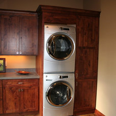 Traditional Laundry Room by Dreamstructure DesignBuild