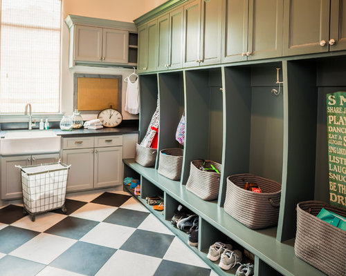 All-Time Favorite Large Laundry Room with Green Cabinets Ideas & Remodeling Pictures   Houzz