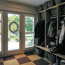 Contemporary Laundry Room by John Mariani Architecture