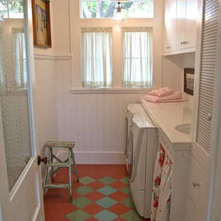 Laundry room - mid-sized shabby-chic style laundry room idea in Los Angeles