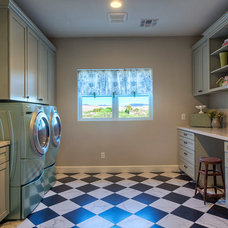 Farmhouse Laundry Room by Laurie Westberg, Elle Interiors