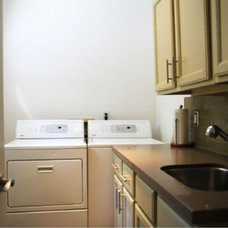 Contemporary Laundry Room Flipping Out / Jeff Lewis Design