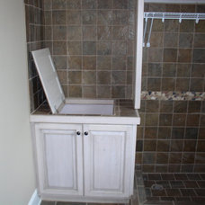 Traditional Laundry Room by Raymond Smith's Cabinet Shop Inc